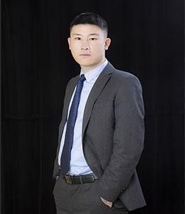 赫章律师敖峰律师照片